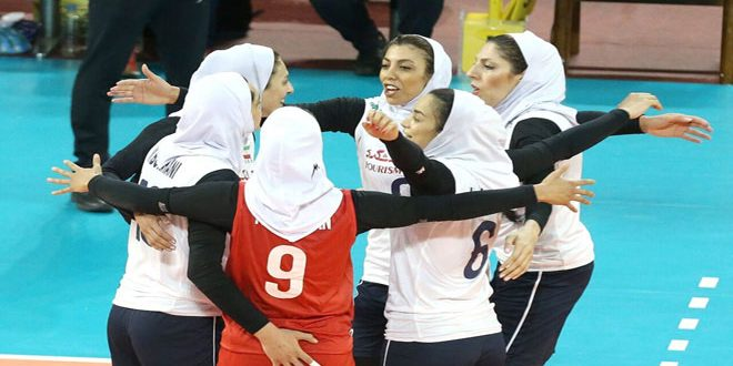 منتخب سيدات إيران يتأهل لربع نهائي آسيا لكرة الطائرة
