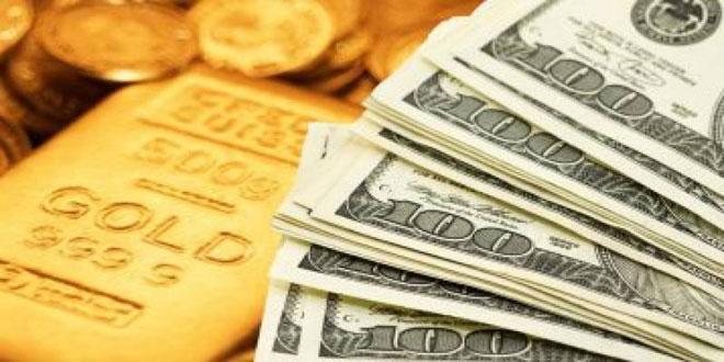 الذهب ينخفض بفعل قوة الدولار وتعافي الأسهم