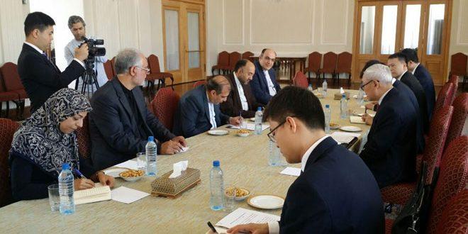 طهران وبكين تجددان التأكيد على مواصلة مكافحة الإرهاب في سورية