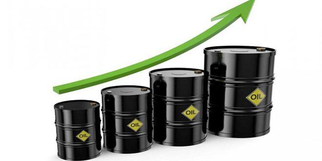 أسعار النفط تقفز أكثر من 15 بالمئة بعد الهجوم على شركة أرامكو