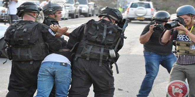 قوات الاحتلال تعتقل ستة فلسطينيين في مناطق متفرقة بالضفة الغربية