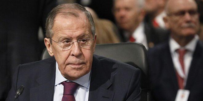 لافروف: ضرورة القضاء على الإرهاب في إدلب وعودة المهجرين السوريين إلى بلدهم