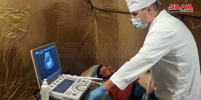 مساعدات إنسانية وفحوصات طبية مجانية روسية للأسر المهجرة في الحسكة
