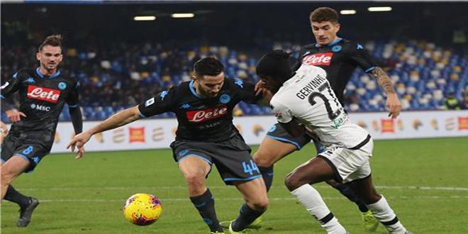 بارما يفوز على نابولي في دوري الدرجة الأولى الإيطالي