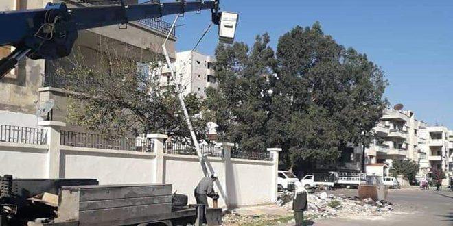 إنارة المحاور الرئيسة بمدينة حمص بالطاقة الشمسية