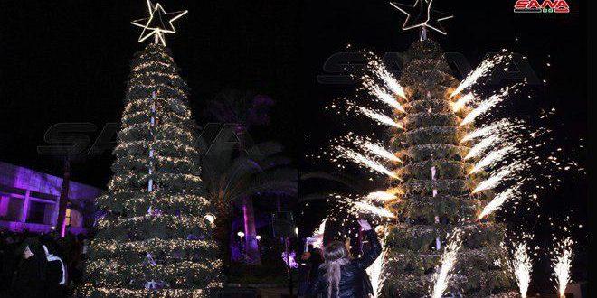 الاحتفال بإنارة شجرة الميلاد بفندق شهبا حلب
