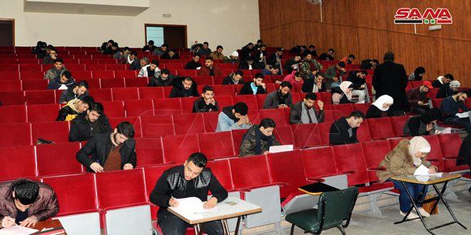 نحو 650 ألف طالب يتقدمون لامتحانات الفصل الدراسي الأول في الجامعات الحكومية
