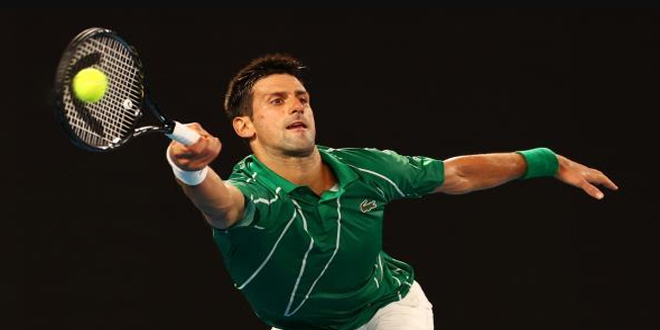 ديوكوفيتش حامل اللقب يهزم لينارد شتروف في بطولة أستراليا المفتوحة للتنس