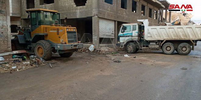 المباشرة بمشروع ترحيل الأتربة والأنقاض من مدينة تدمر