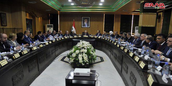 مجلس الوزراء يقر خلال اجتماعه بحلب خطة متكاملة للنهوض بمختلف القطاعات في المحافظة ويخصص نحو 145 مليار ليرة لتنفيذها
