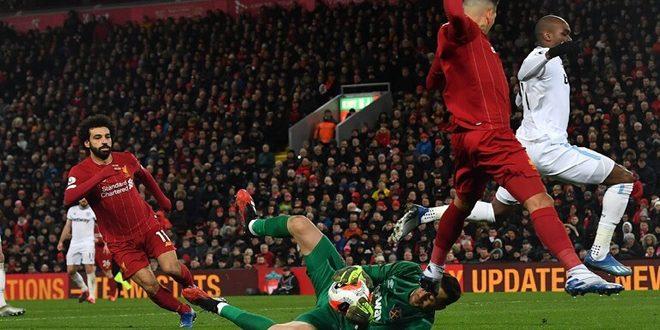 ليفربول يعزز صدارة جدول الترتيب في الدوري الإنكليزي بالفوز على وست هام