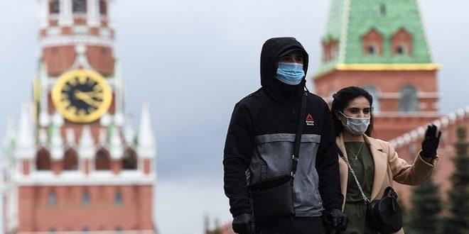 تراجع عدد الوفيات اليومي بكورونا في روسيا مع تسجيل 92 حالة جديدة