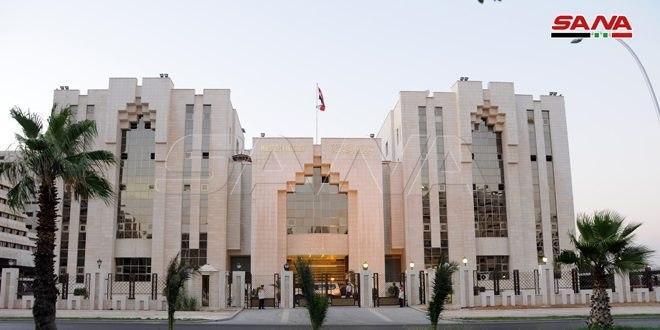 وزارة الداخلية: قرار إيقاف دخول الرعايا العرب والأجانب إلى البلاد مازال سارياً