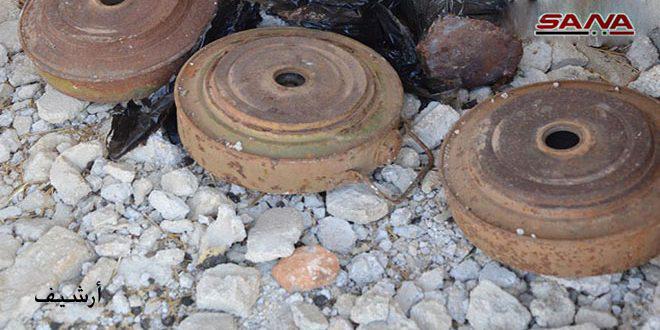 إصابة مدني بانفجار لغم من مخلفات الإرهابيين بقرية كرناز بريف حماة