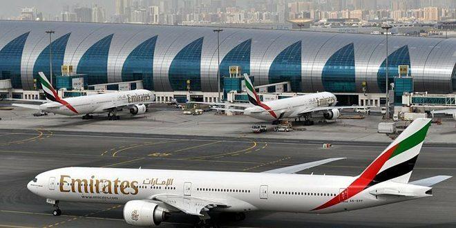 طيران الإمارات تقرر تسريح عدد من موظفيها بسبب كورونا