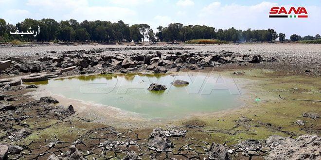 الآبار المخالفة في درعا تؤدي لجفاف بحيرتي المزيريب وزيزون وعدد من الينابيع الجوفية والموارد المائية تدق ناقوس الخطر