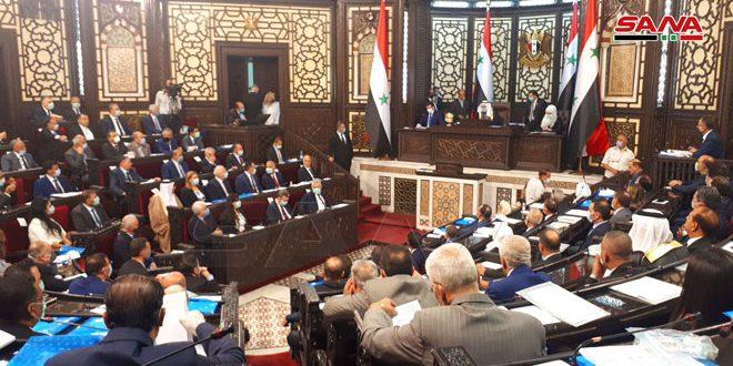 مجلس الشعب يبدأ جلسته الافتتاحية من الدورة الاستثنائية الأولى للدور التشريعي الثالث