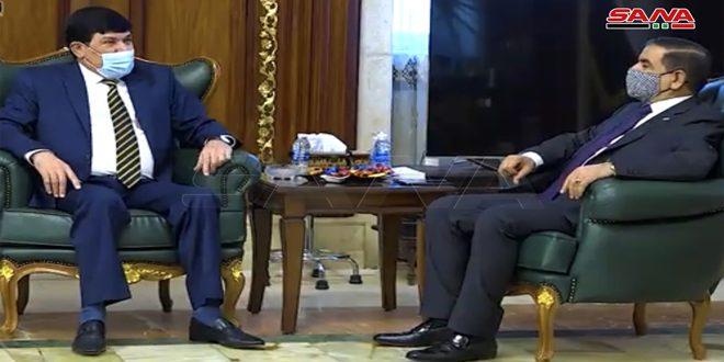 وزير الدفاع العراقي وسفير سورية في بغداد يبحثان تعزيز العلاقات الثنائية