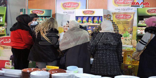135 شركة صناعية في مهرجان التسوق الشهري بصالة الجلاء بدمشق