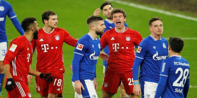 بايرن ميونخ يفوز على شالكه برباعية نظيفة في الدوري الألماني