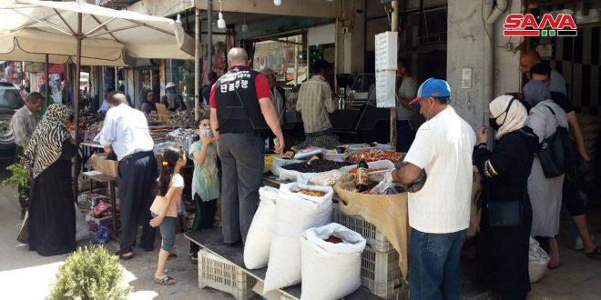 إقبال لافت تشهده أسواق القنيطرة قبيل عيد الفطر