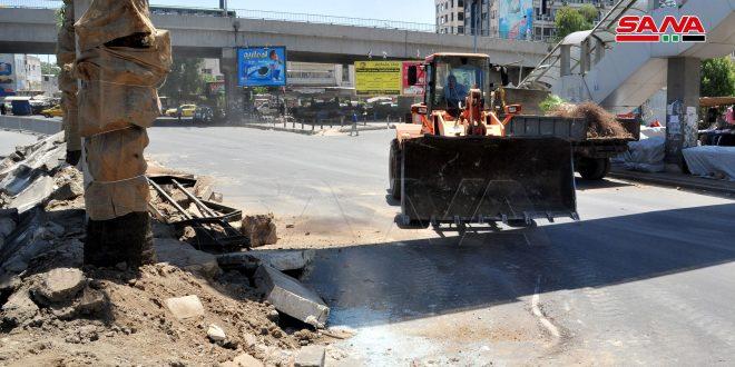 محافظة دمشق تزيل منصف طريق شارع الثورة لاستبداله بآخر يتناسب مع أعمال تأهيل الطريق العام