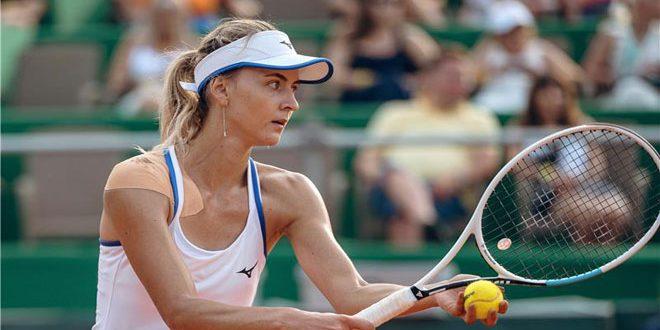 الأوكرانية زينفسكا تحصد أول بطولة لها في عالم التنس