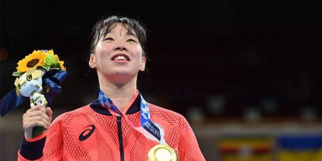 اليابانية سينا تفوز بذهبية ملاكمة وزن الريشة للسيدات بأولمبياد طوكيو