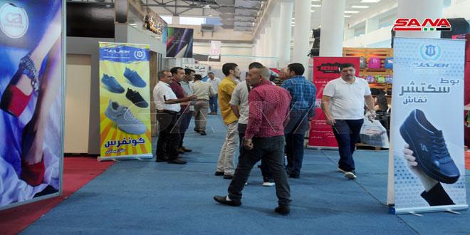 موديلات الأحذية والمنتجات الجلدية السورية تجتذب رجال الأعمال لعقد صفقات تصديرية في معرض سيلا الدولي