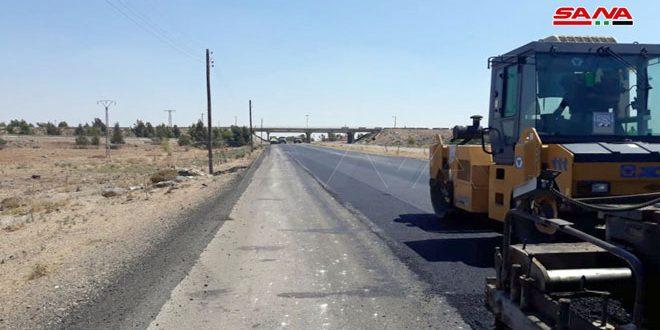 إنهاء صيانة المسرب الشرقي للطريق الدولي من مركز نصيب الحدودي إلى الحدود الإدارية لمحافظة درعا شمالاً
